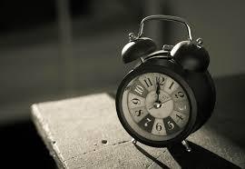 på minuttet
